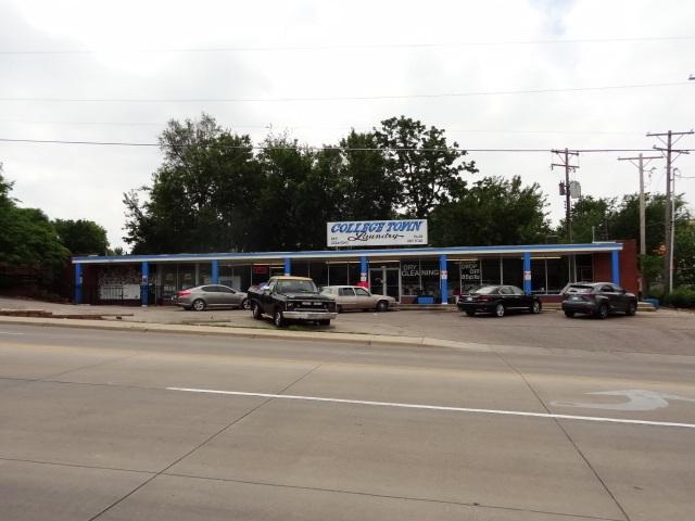 3223 E 17TH ST N, Wichita, KS 67208