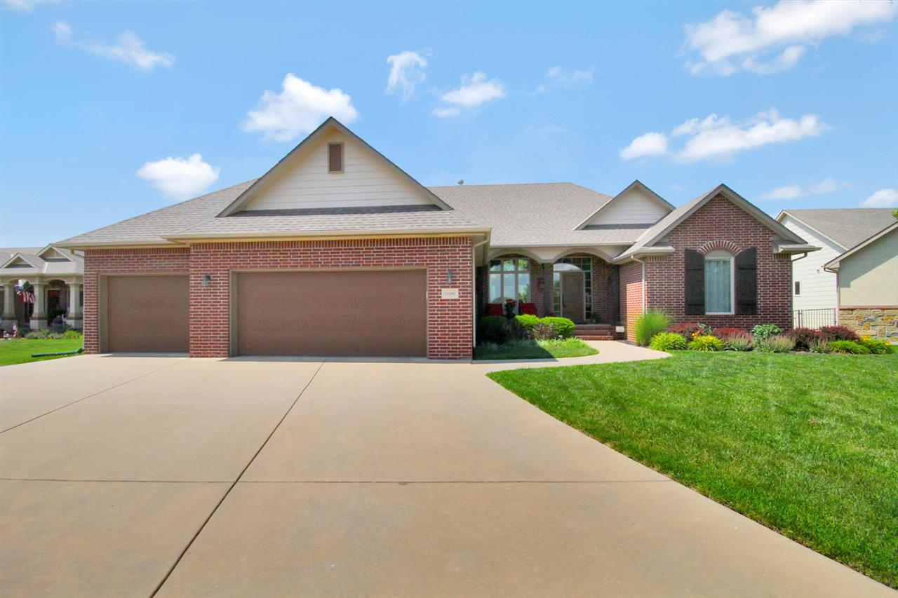 14206 W Texas Cir, Wichita, KS 67235