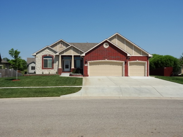 8613 E SCRAGG CIR., Wichita, KS 67226