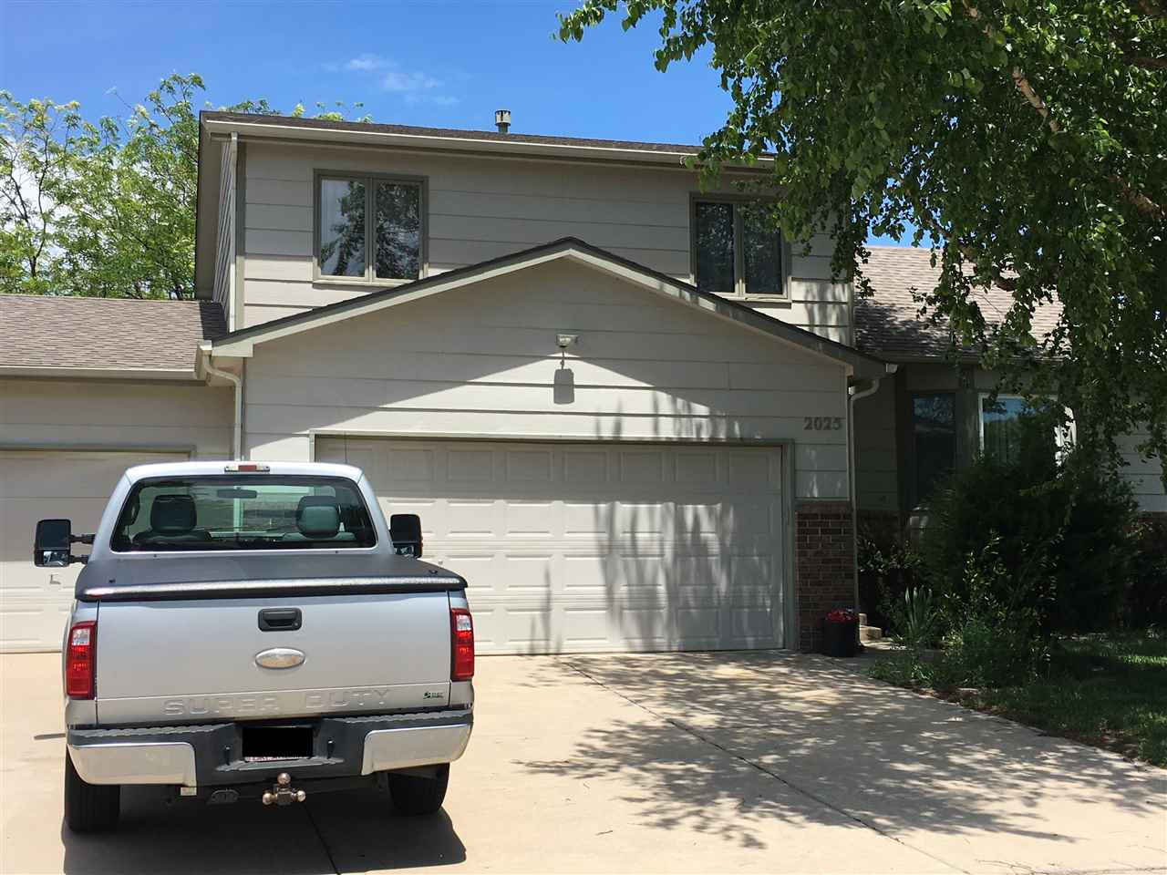 2025 S Parkridge St, Wichita, KS 67209