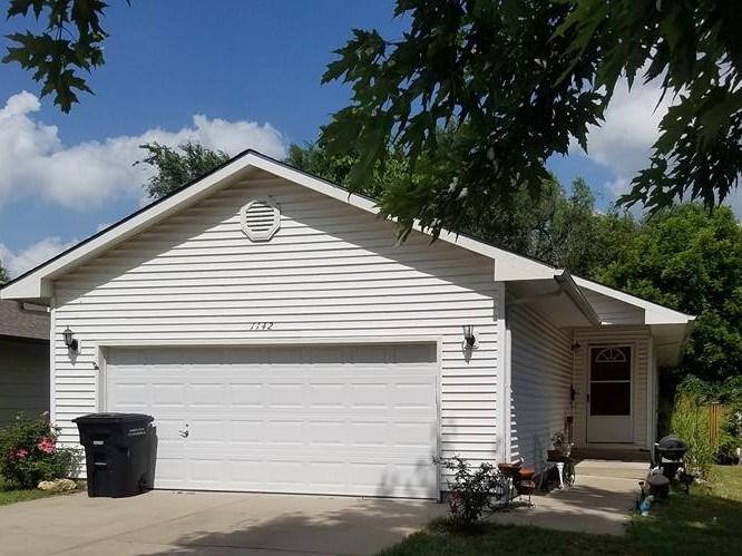 1142 N Osage St, Augusta, KS 67010