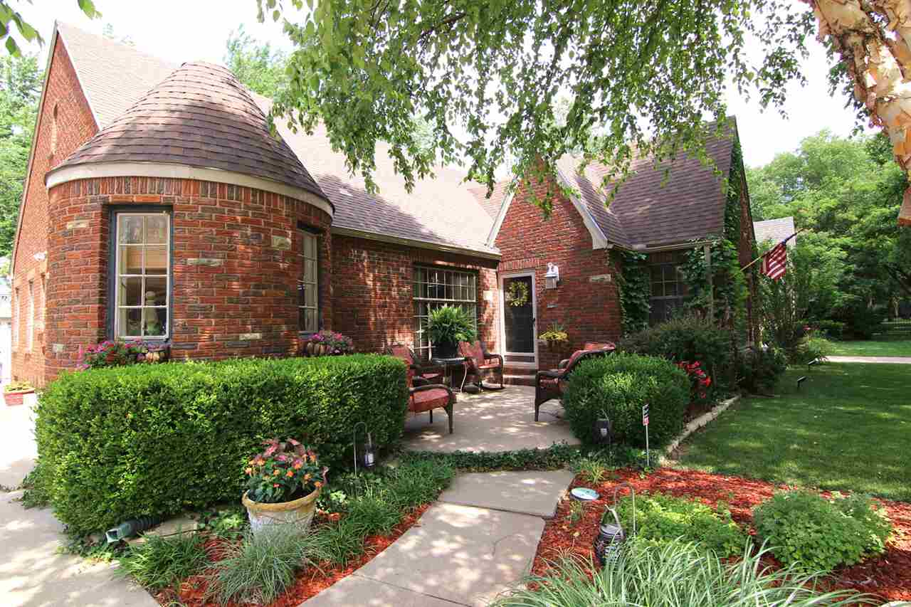 133 N Old Manor, Wichita, KS 67208