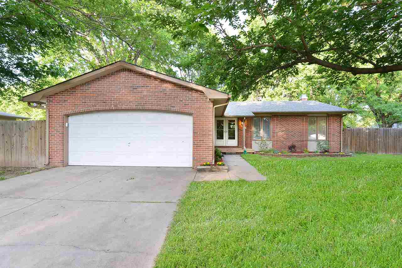 1706 N Wood Dr, Wichita, KS 67212