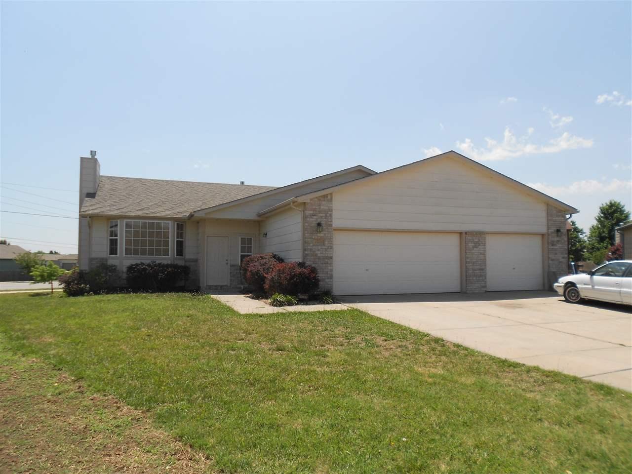 10405 W Jewell Cir, Wichita, KS 67209