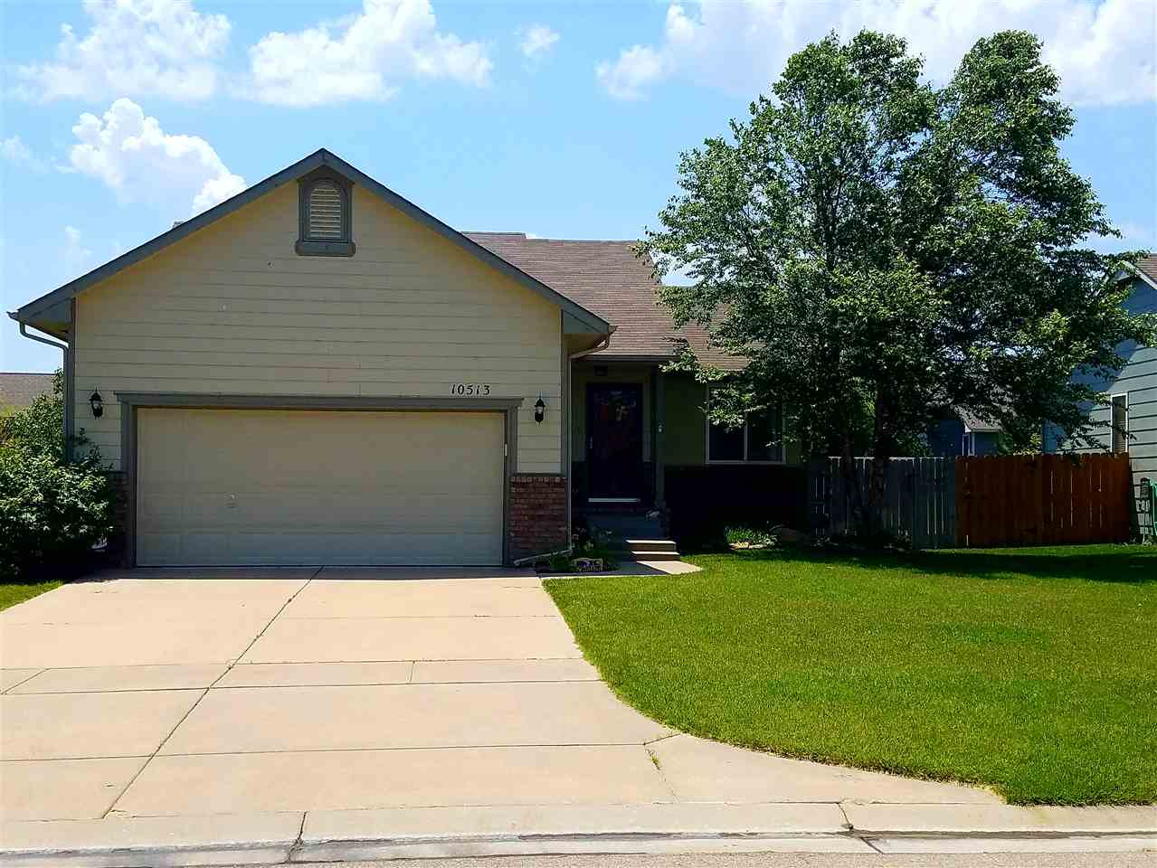 10513 W LAMP CIR, Wichita, KS 67215