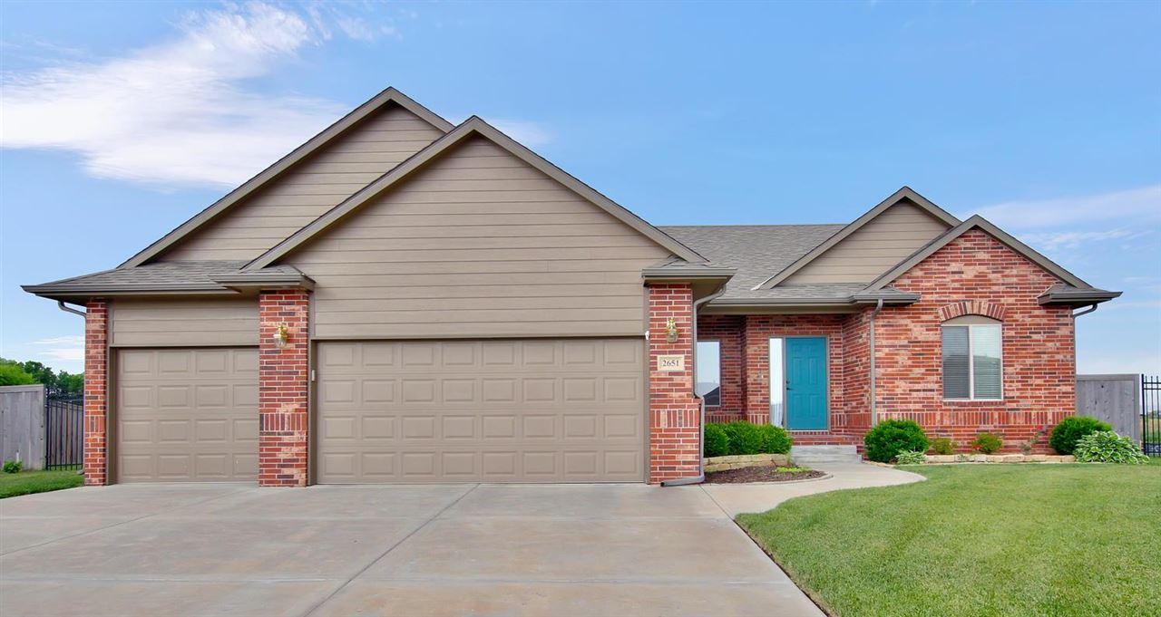 2651 N Woodridge Ct, Wichita, KS 67226