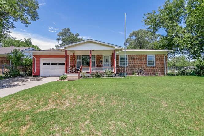 1102 W Alcott St., Wichita, KS 67204