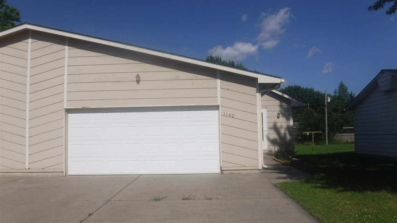 1140 N Money Street, Augusta, KS 67101