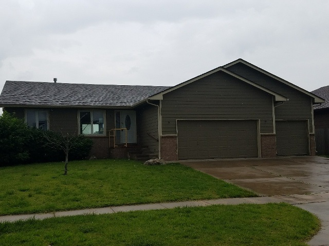 2315 S Cardington St, Wichita, KS 67209