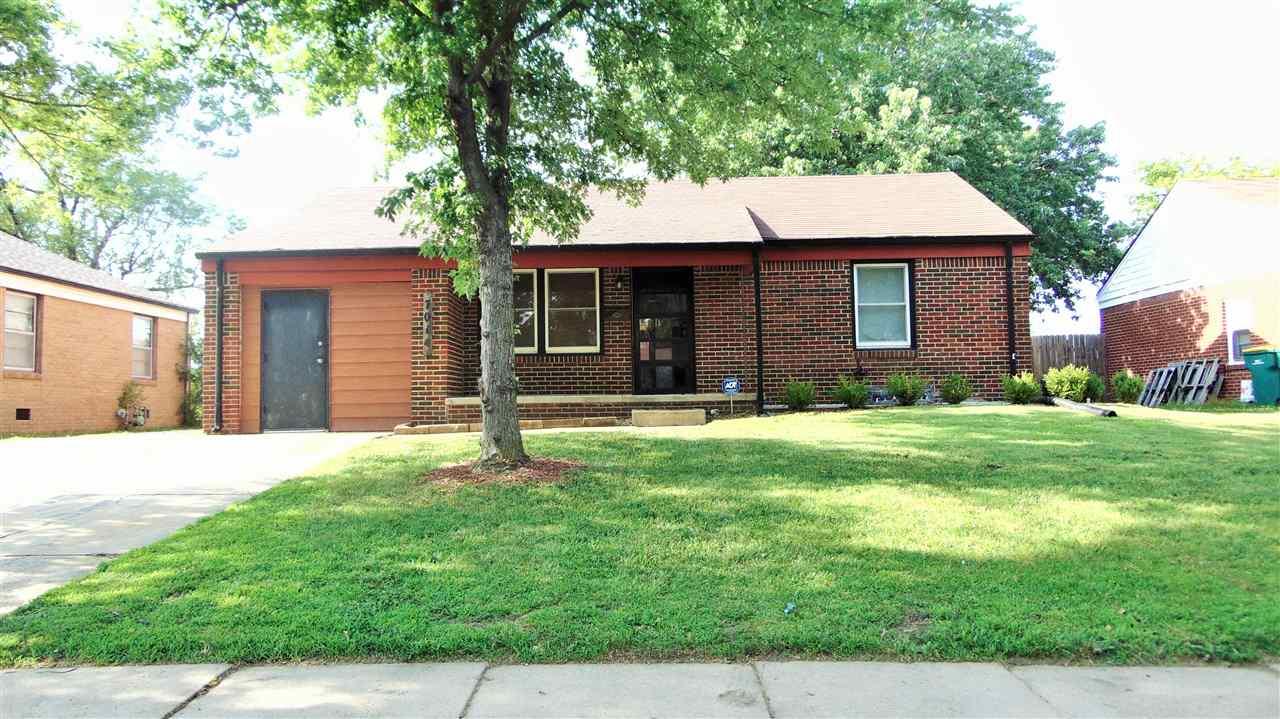 7014 E Gilbert, Wichita, KS 67207