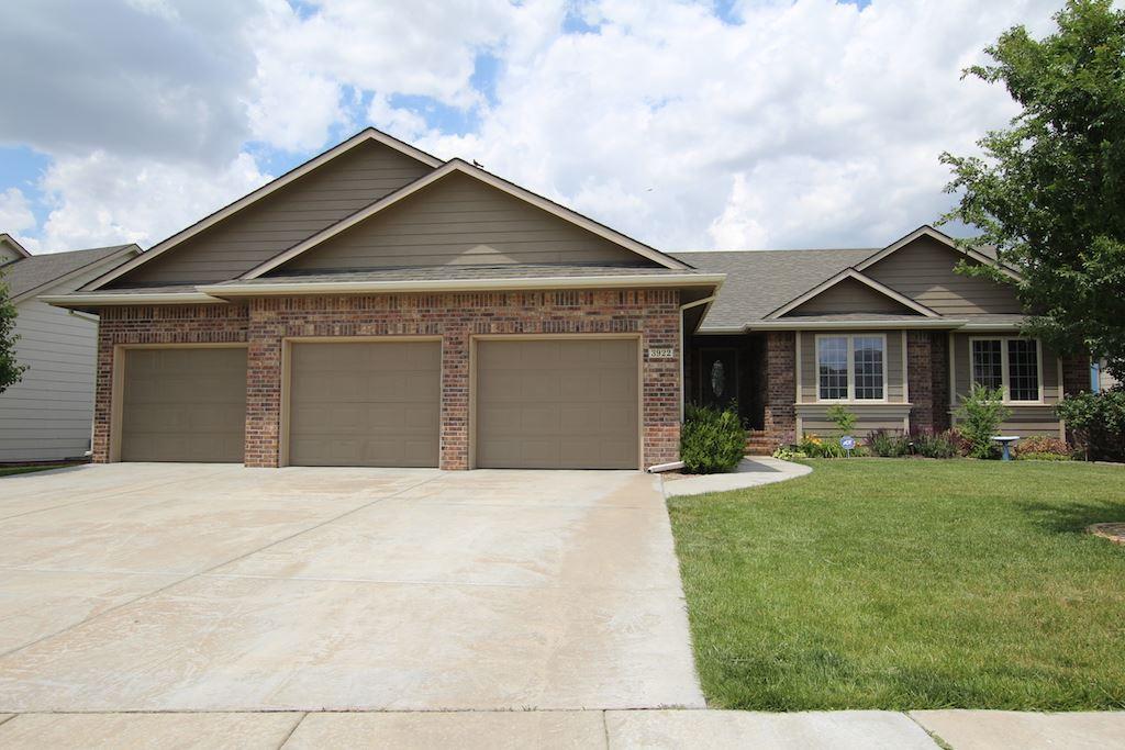 3922 N Lake Ridge St, Wichita, KS 67205