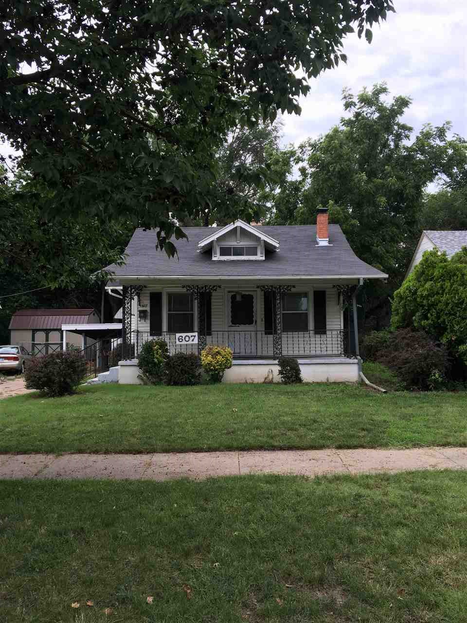 607 S Lorraine, Wichita, KS 67211