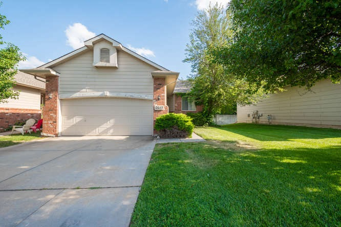 7613 W Cornelison, Wichita, KS 67209