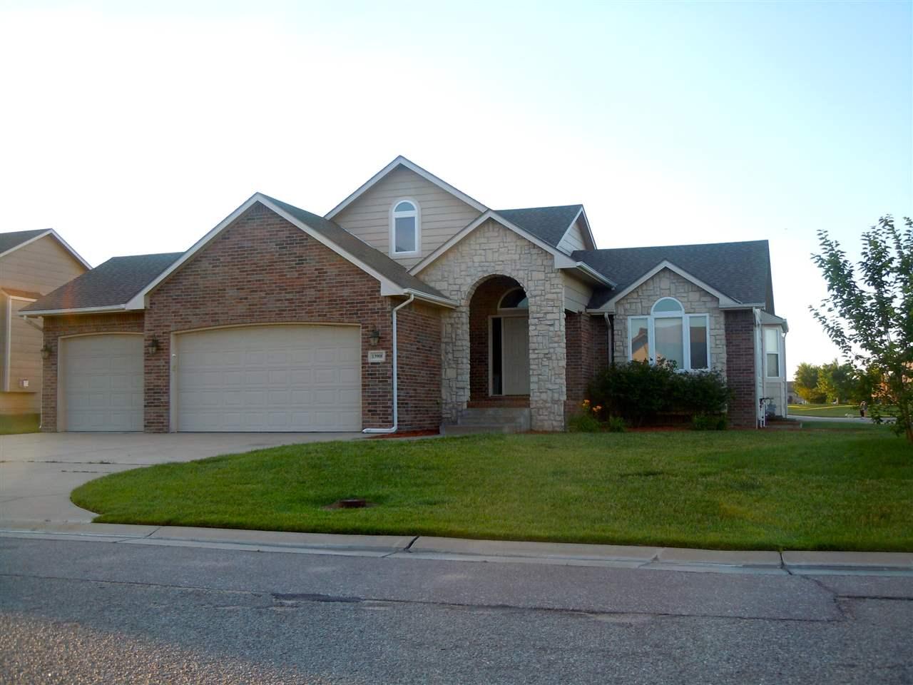 13908 E 22nd St N, Wichita, KS 67226