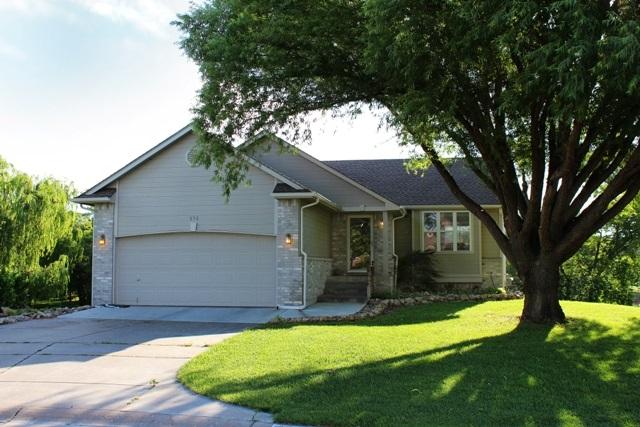 858 S Bedford, Wichita, KS 67207