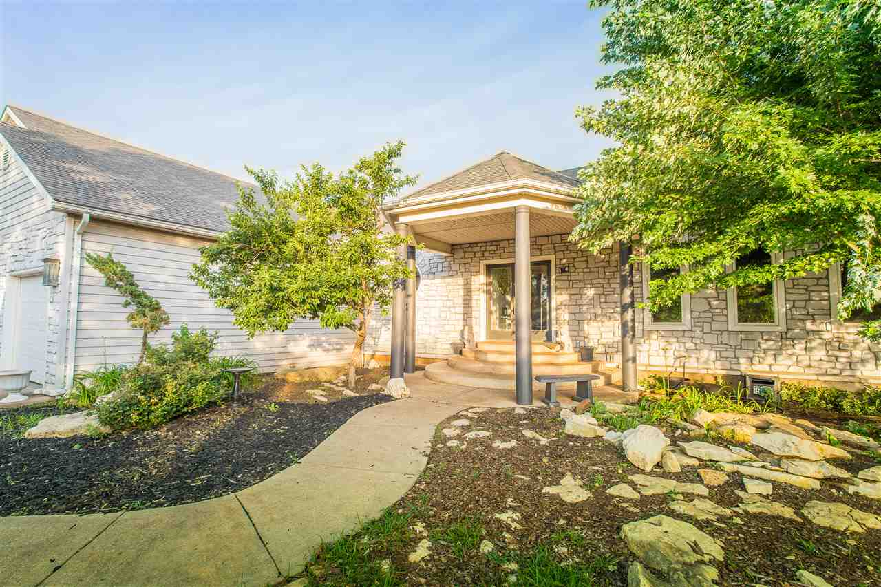 13747 SW Hunter Rd, Augusta, KS 67010