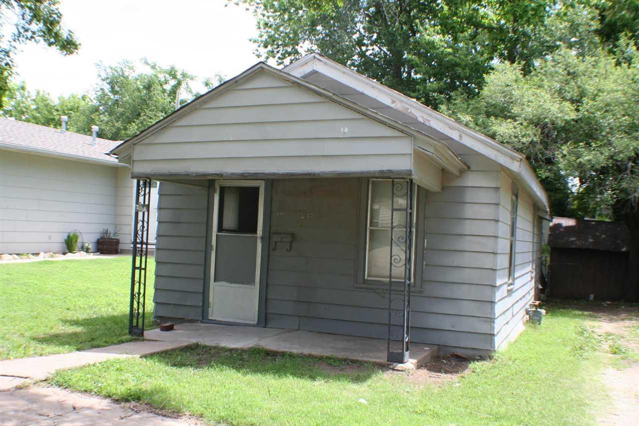 1230 Osage, Augusta, KS 67010