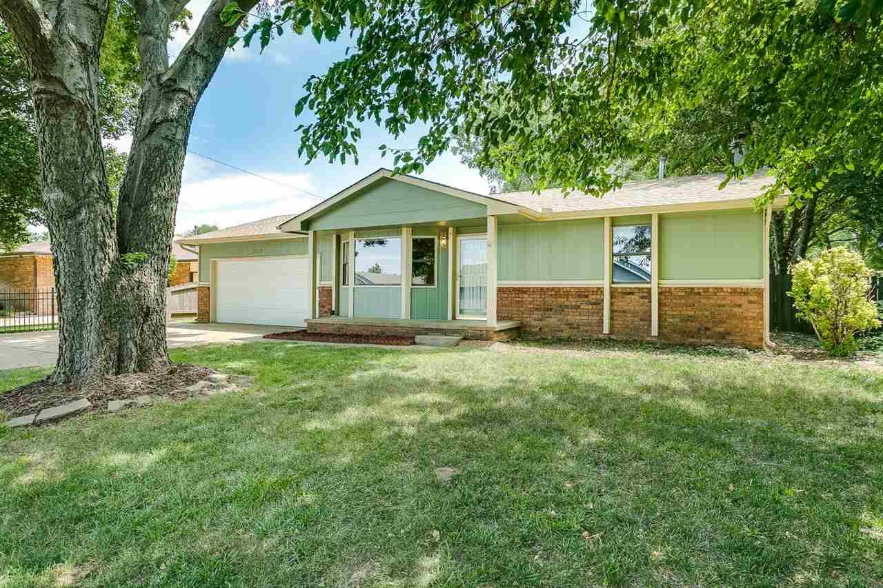 1232 N Doris, Wichita, KS 67212