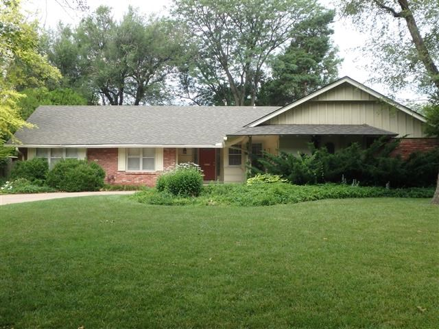 329 N Colonial Pl, Wichita, KS 67206