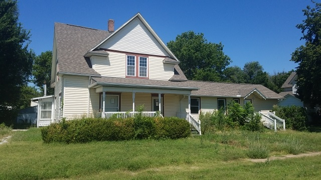 115 N TRACY ST, Clearwater, KS 67026