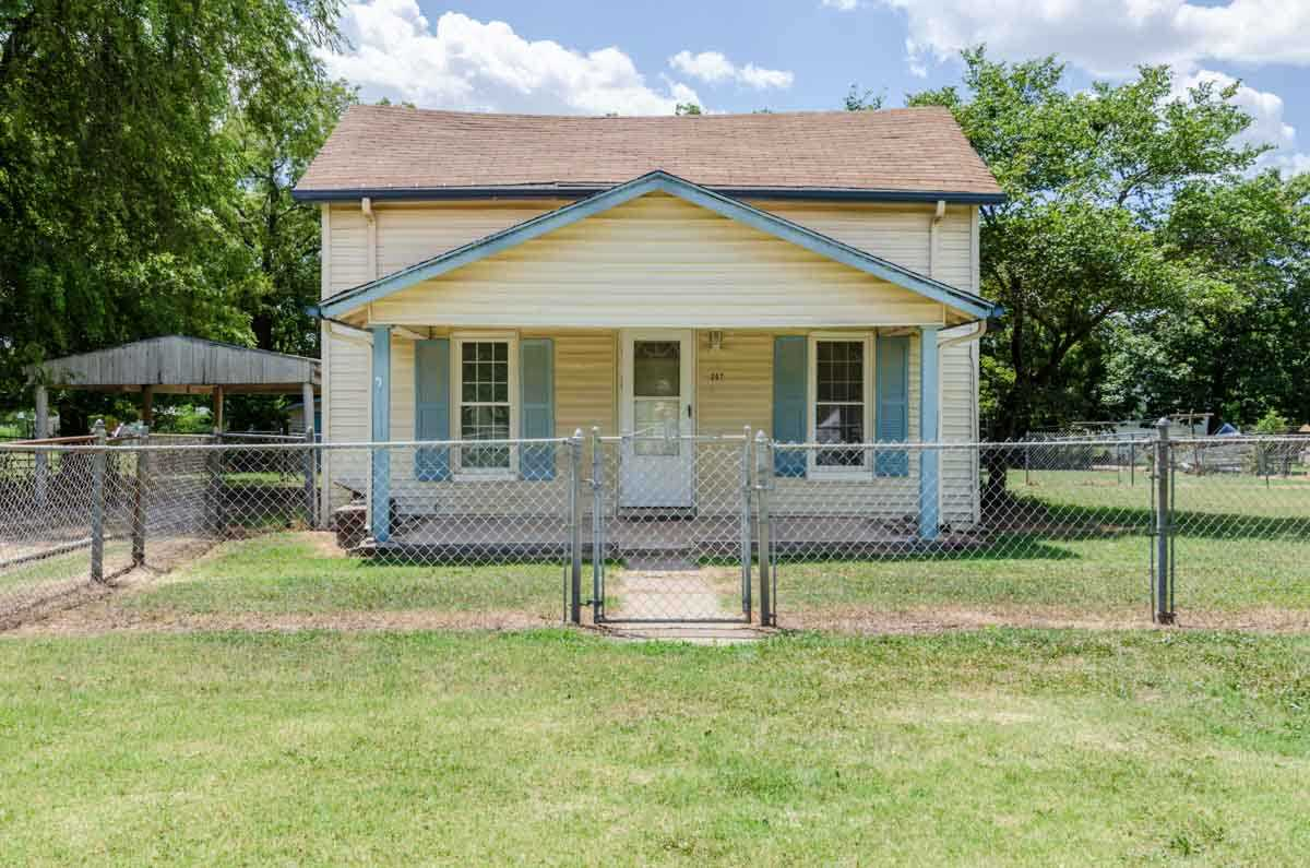 207 S WICHITA ST, South Haven, KS 67140