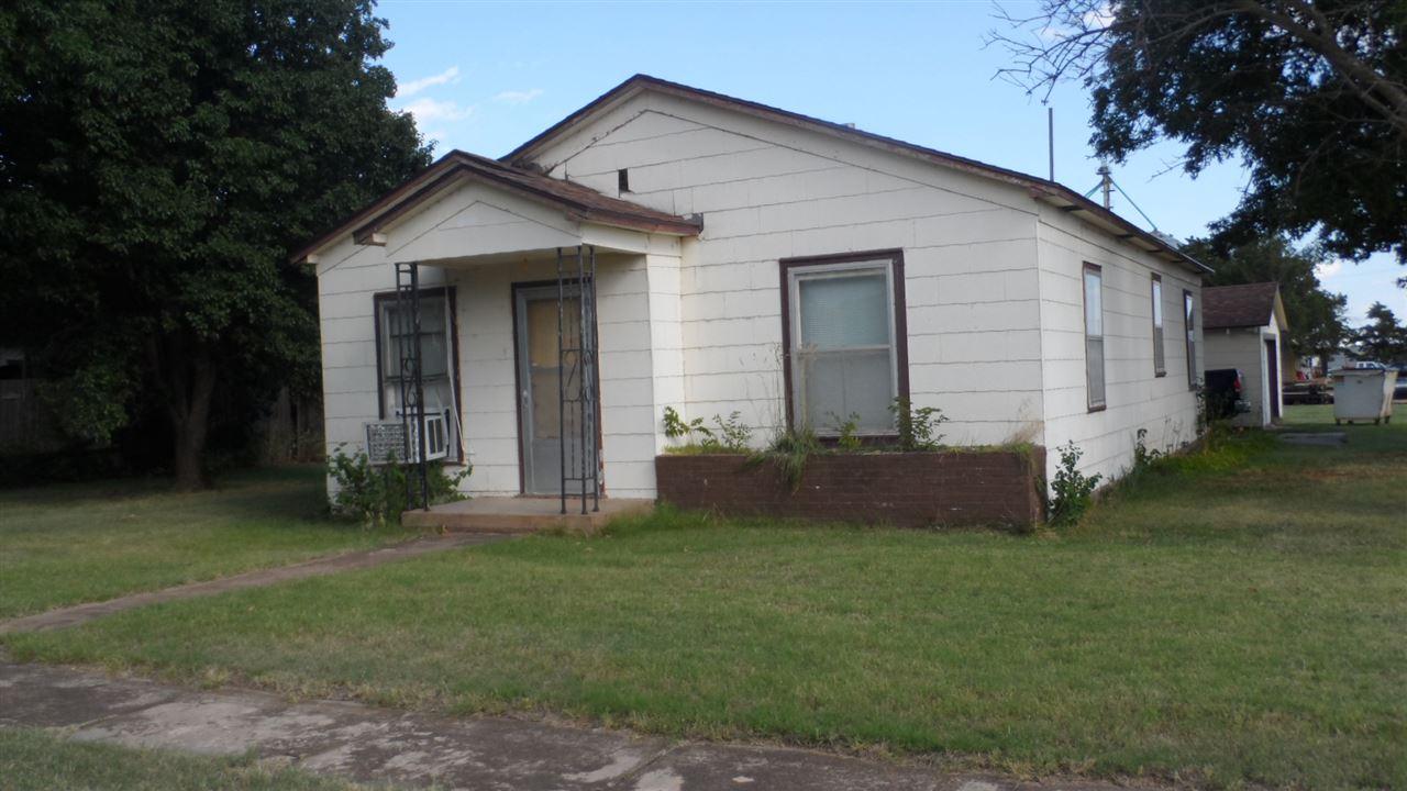 203 E Avenue B, Attica, KS 67009