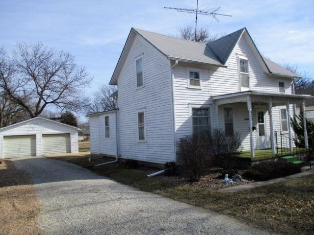 218 S Adams, Hillsboro, KS 67063