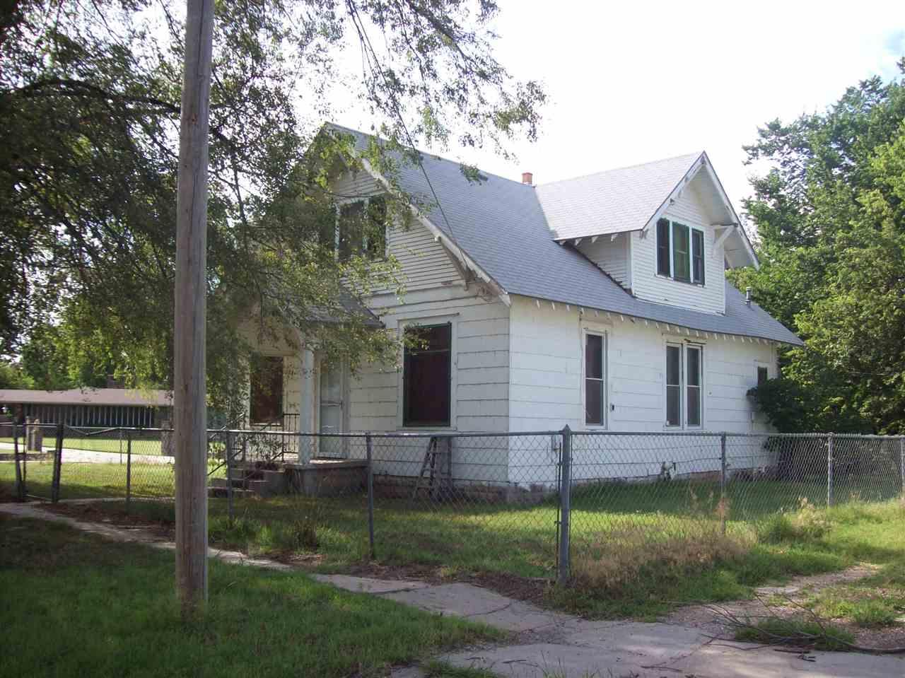120 W Washington Ave., Burrton, KS 67020