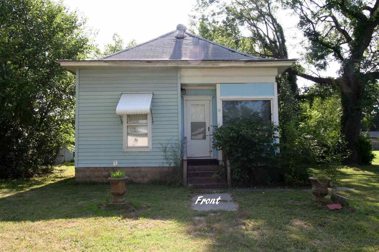 206 S Severy Ave, Severy, KS 67137