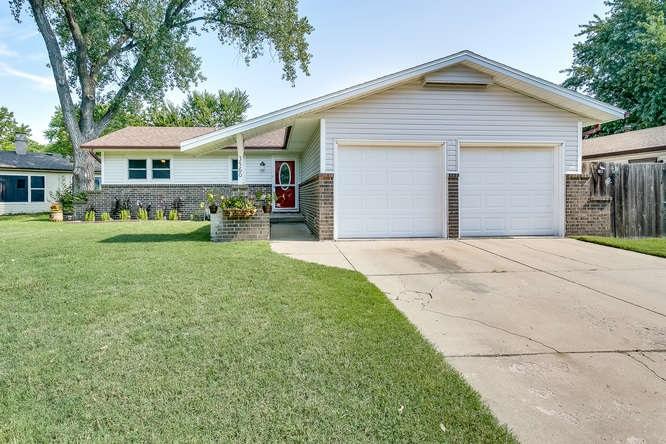 3560 W Del Sienno St, Wichita, KS 67203