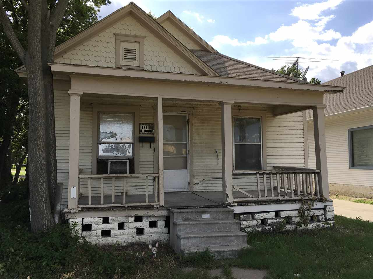 137 N Dodge, Wichita, KS 67211