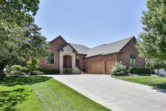 8203 E Champions St, Wichita, KS 67226