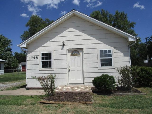 1758 S Meridian Ave, Wichita, KS 67213