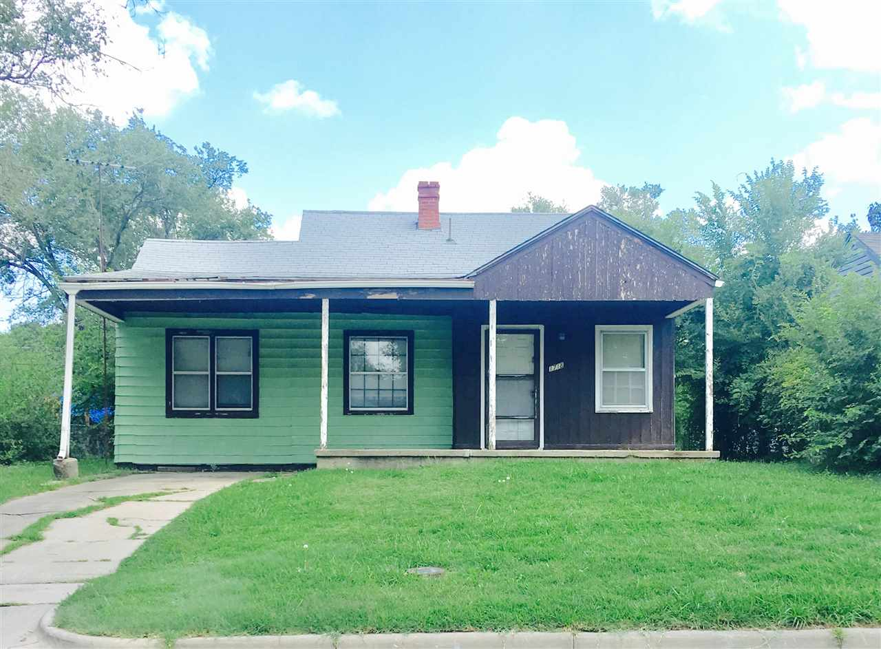 1718 N VOLUTSIA, Wichita, KS 67214