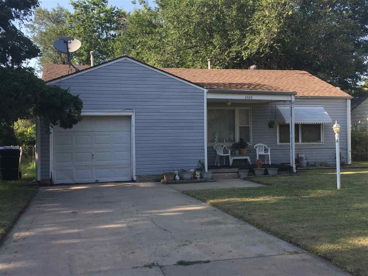 1514 E Graber St, Wichita, KS 67216