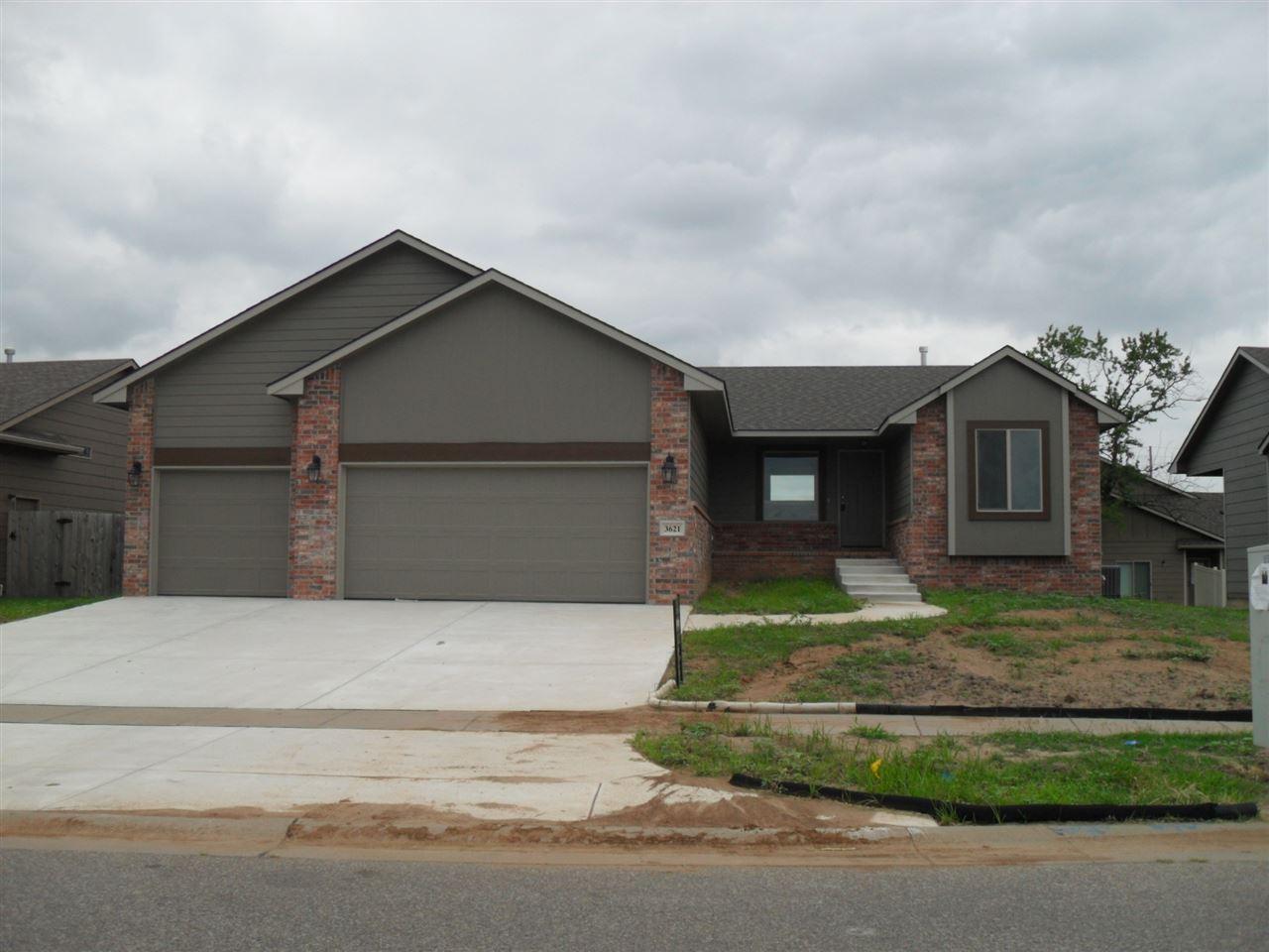 3621 N High Point, Wichita, KS 67205