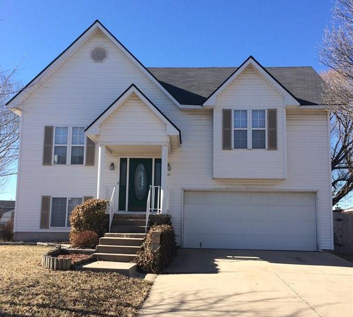 2427 S Laurel, Wichita, KS 67210