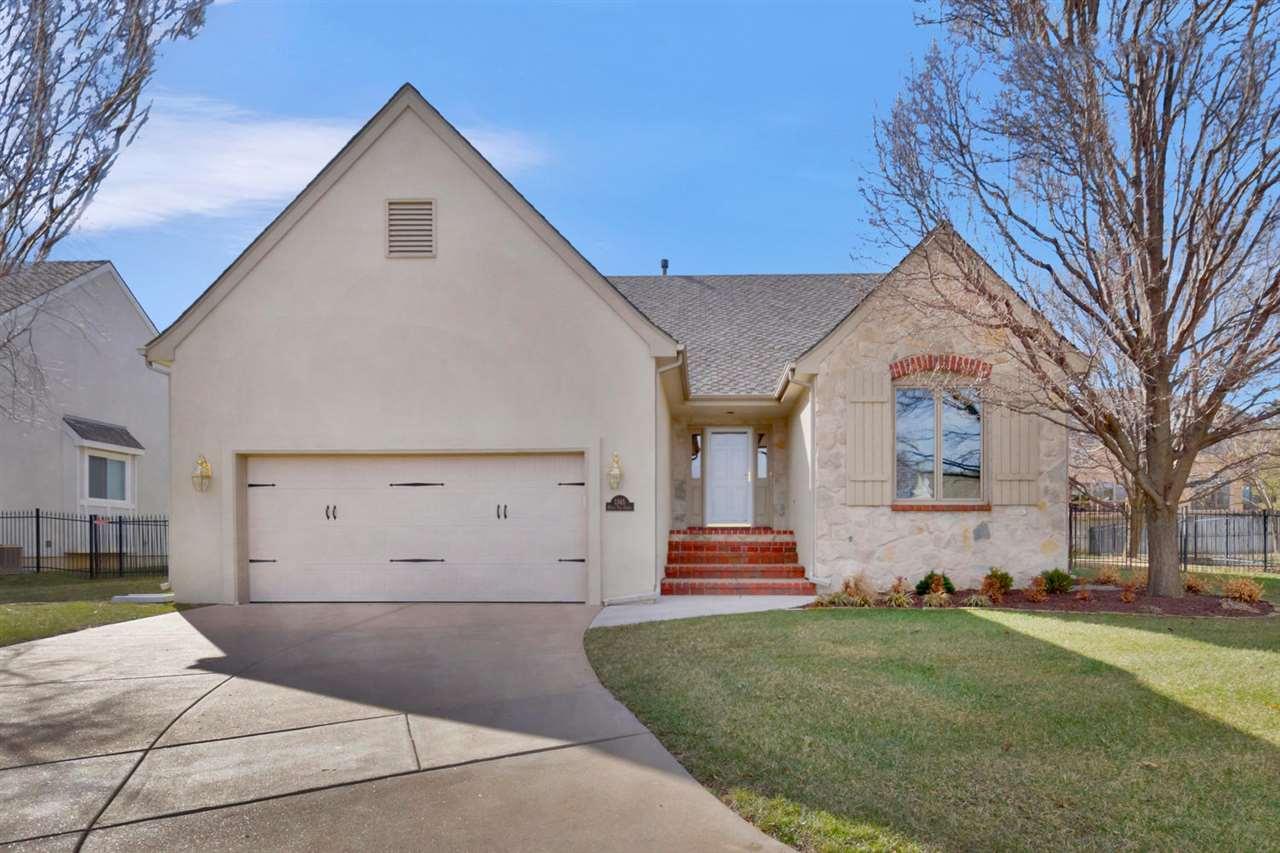 1345 N White Tail Ct, Wichita, KS 67206