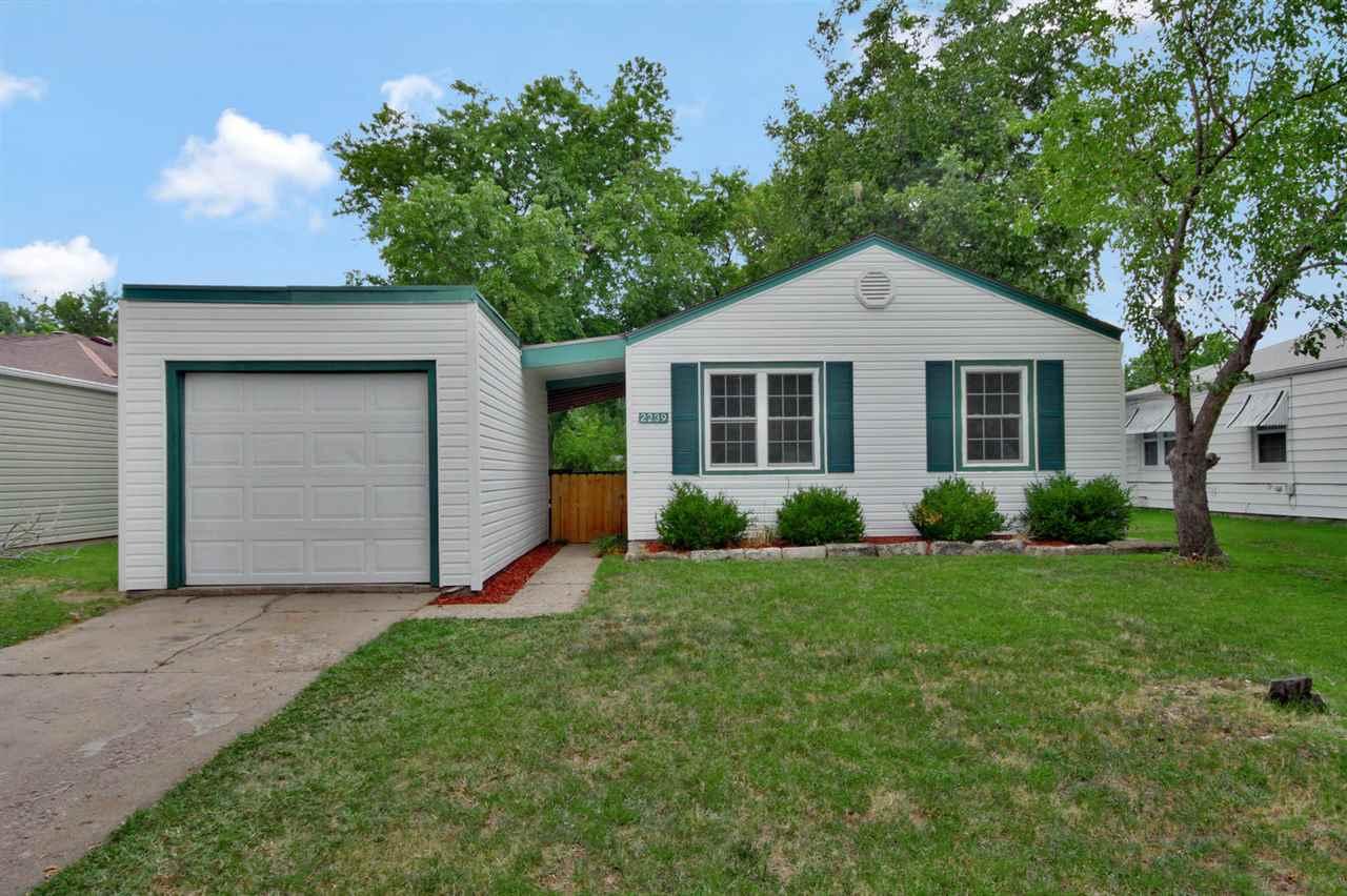 2239 S Grove, Wichita, KS 67211