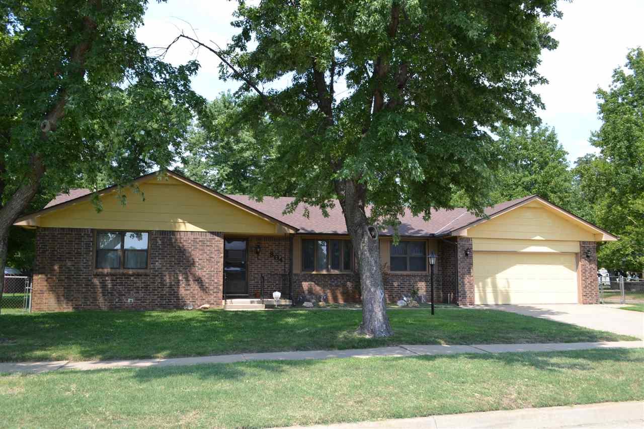 804 W 27th N, Wichita, KS 67204