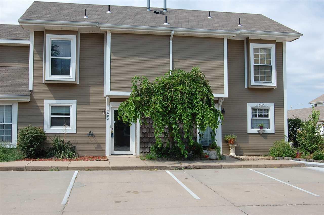 6725 W Shade Ln #602, Wichita, KS 67212