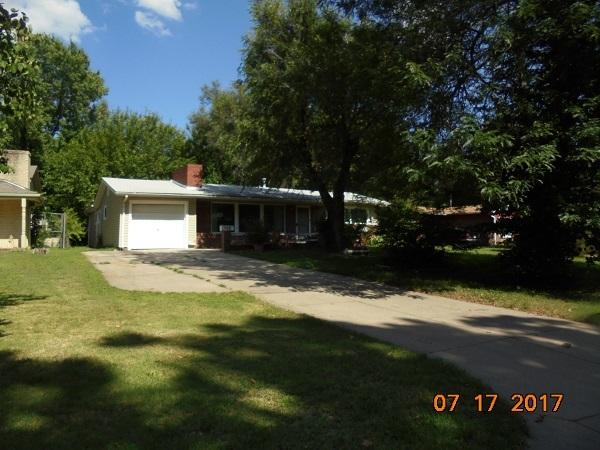1552 N Yale, Wichita, KS 67208