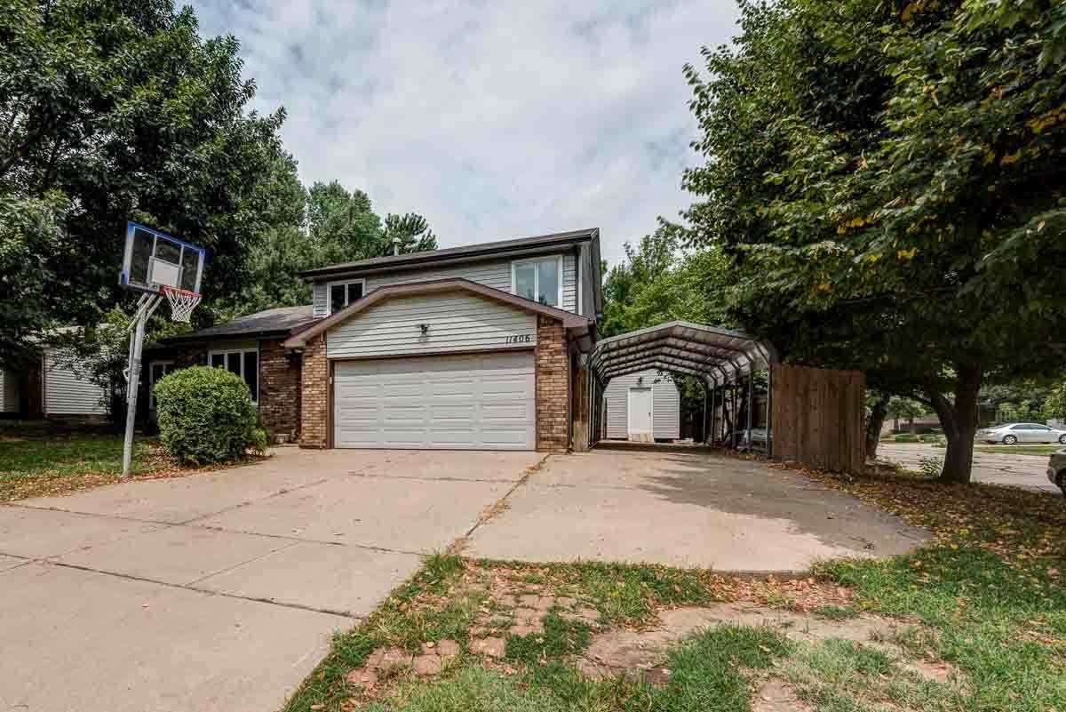 11406 W Murdock, Wichita, KS 67212