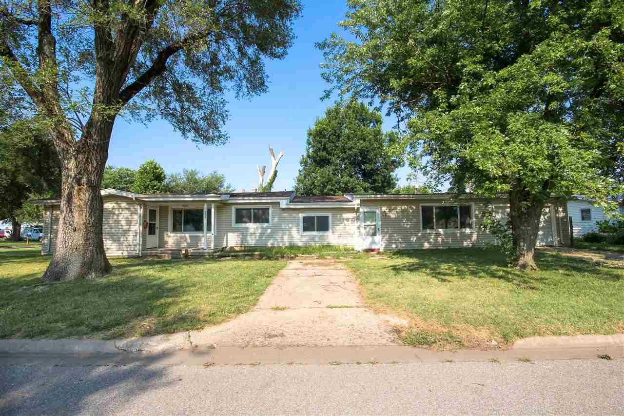 5321 S Ash Ave, Wichita, KS 67216