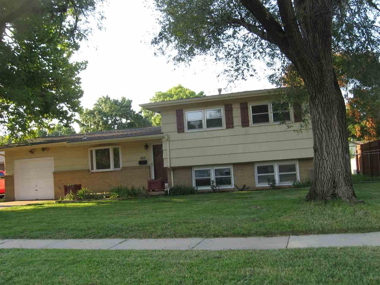 4112 W Westport, Wichita, KS 67212