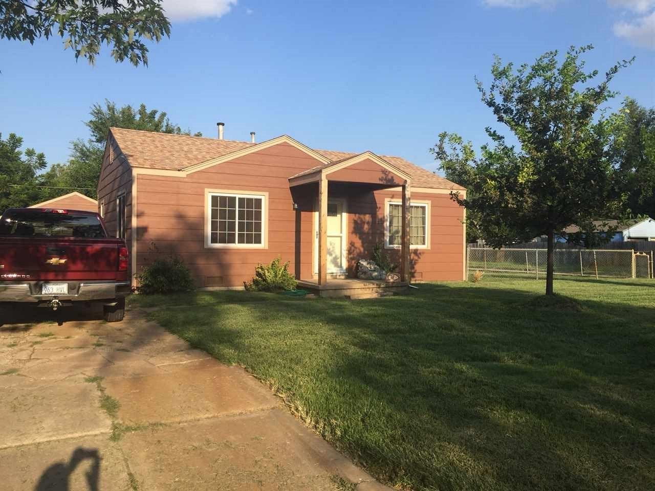 2502 N Payne, Wichita, KS 67204