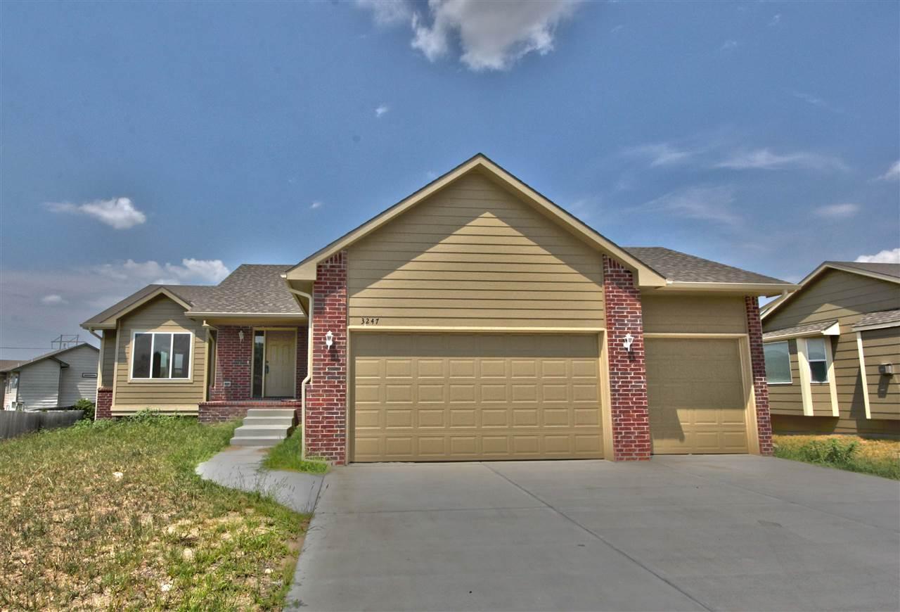 3247 S Blue Lake Ct, Wichita, KS 67215