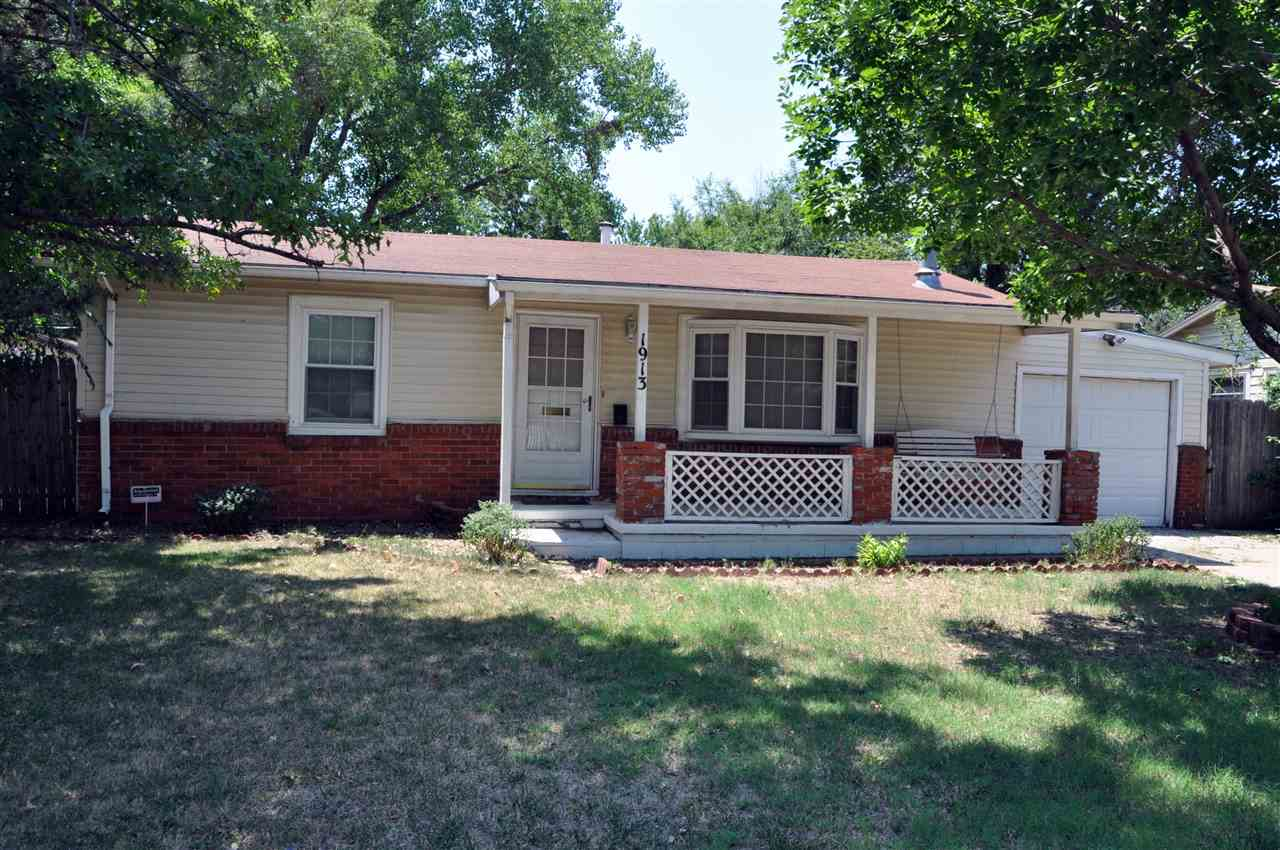 1913 S SAINT PAUL ST, Wichita, KS 67213