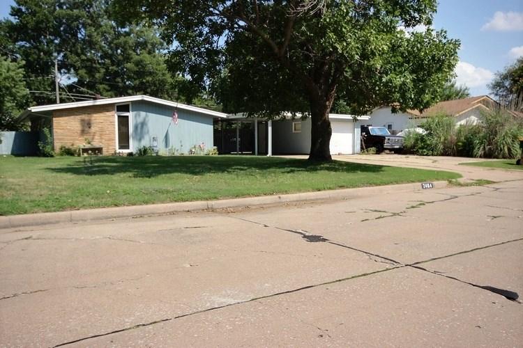 2464 N Perry Ave, Wichita, KS 67204
