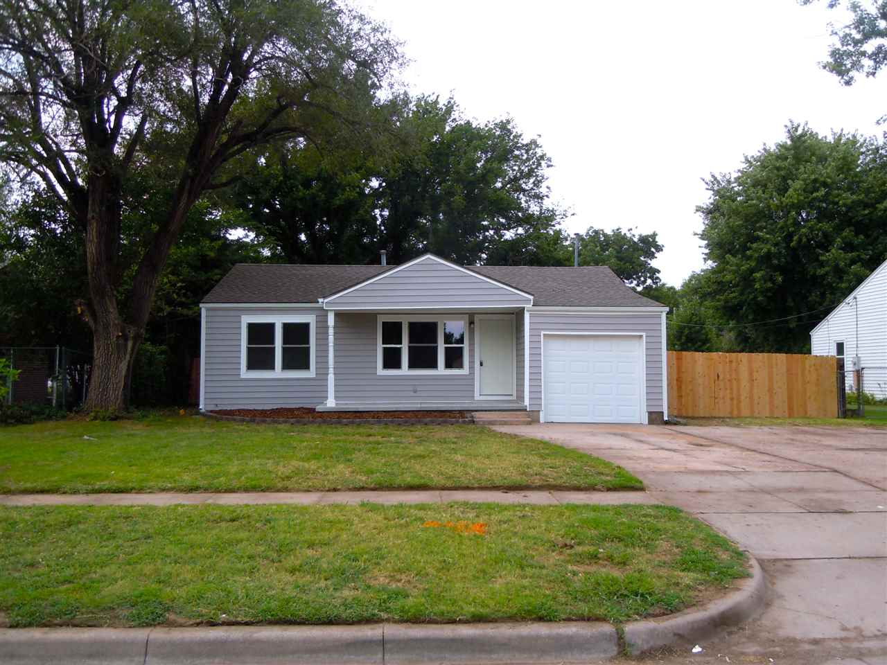 2947 S Walnut, Wichita, KS 67217